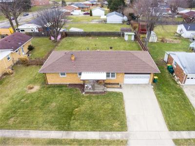 Fairborn Single Family Home For Sale: 1625 Poplar Drive