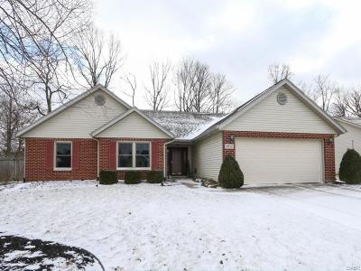 Tipp City Single Family Home Active/Pending: 1032 Windsor Crossing Lane