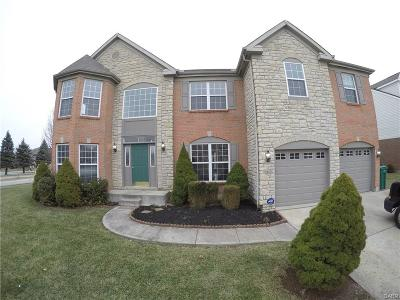 Beavercreek Single Family Home For Sale: 2412 Edge Water Drive