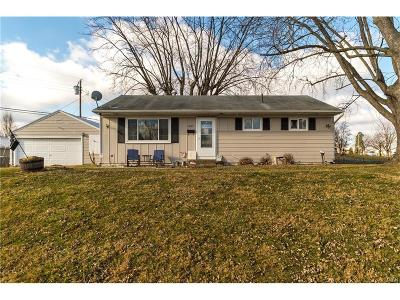Kettering Single Family Home For Sale: 2857 Galewood Street