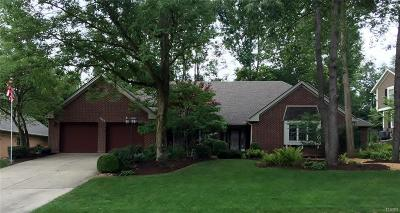 Tipp City Single Family Home For Sale: 7642 Winding Way