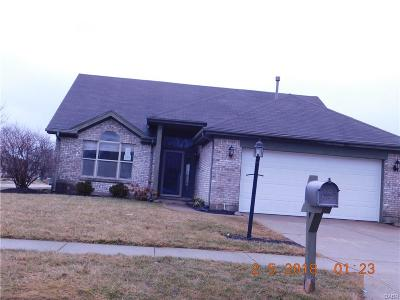 Miamisburg Single Family Home For Sale: 9510 Summer Wind Trail