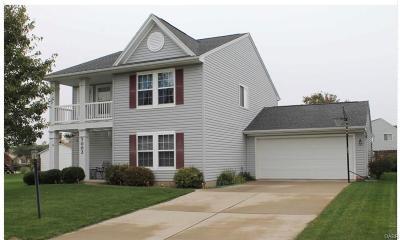 Englewood Single Family Home For Sale: 1002 Greenob Drive