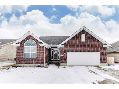 Tipp City Single Family Home For Sale: 4055 Spicebush Drive