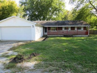Xenia Single Family Home For Sale: 1907 Lower Bellbrook Road