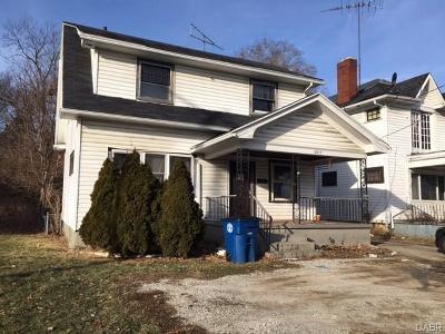 Dayton Single Family Home For Sale: 2815 Main Street