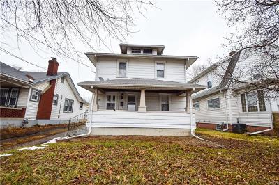 Dayton Single Family Home For Sale: 1530 Smithville Road