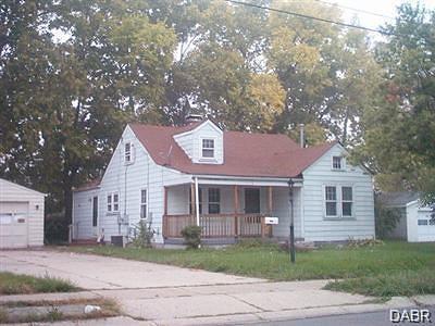 Fairborn Single Family Home For Sale: 1121 Harvard Avenue