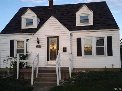 Fairborn Single Family Home For Sale: 47 Broad Street