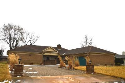 Dayton Single Family Home For Sale: 5356 Eastport Avenue