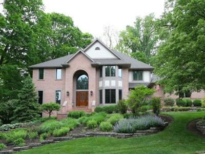 Kettering Single Family Home For Sale: 4958 Walnut Walk