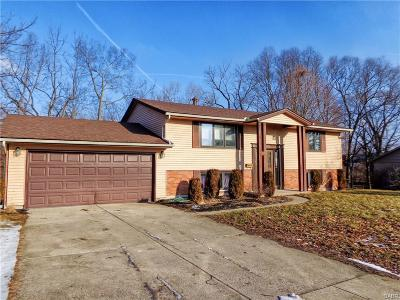 Dayton Single Family Home For Sale: 2317 Glenheath Drive