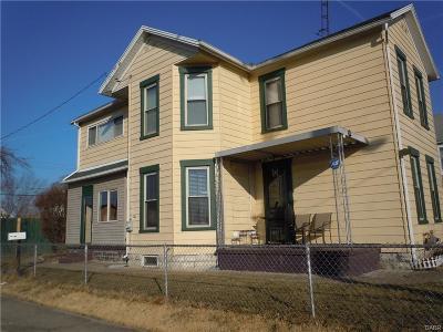 Dayton Single Family Home For Sale: 203 Alaska Street