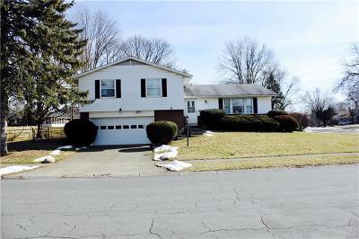 Dayton Single Family Home Active/Pending: 4216 Silver Oak Street