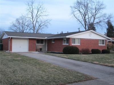 Fairborn Single Family Home Active/Pending: 1414 Mapleridge Drive