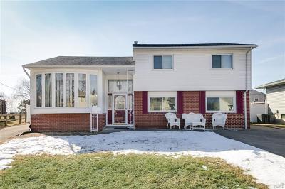 Dayton Single Family Home Active/Pending: 1732 Dutchess Avenue