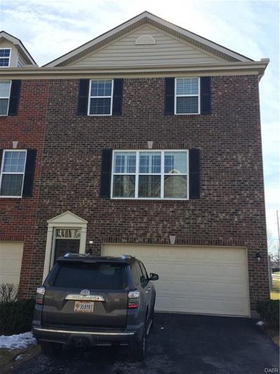 Dayton Condo/Townhouse For Sale: 1698 Big Bear Drive