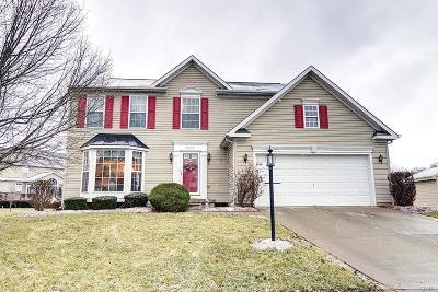 Dayton Single Family Home For Sale: 6647 Riverbend Drive