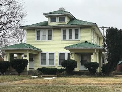 Dayton Multi Family Home For Sale: 18 Redwood Avenue