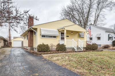 Dayton Single Family Home Active/Pending: 2563 Revere Avenue