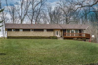 Xenia Single Family Home For Sale: 3206 Cemetery Road