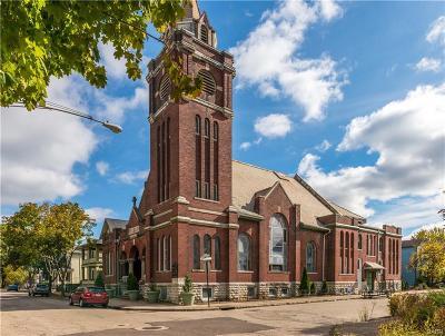 Dayton Single Family Home For Sale: 14 Potomac Street