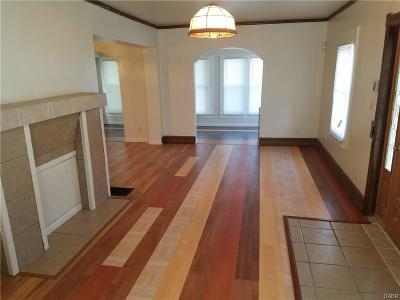 Dayton Single Family Home For Sale: 2131 Emerson Avenue