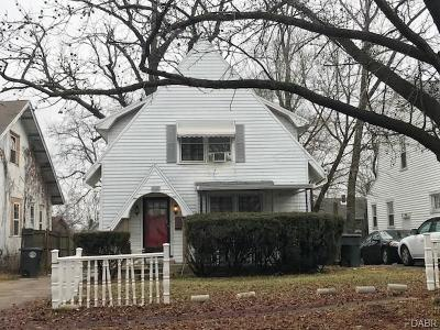 Dayton Single Family Home For Sale: 348 Cherry Drive