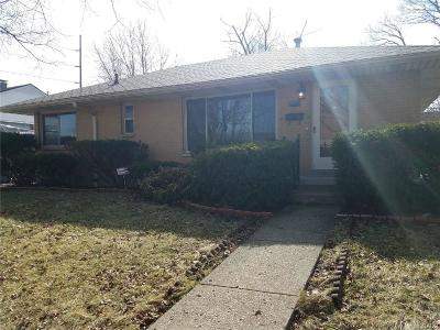 Dayton Single Family Home For Sale: 1748 Darst