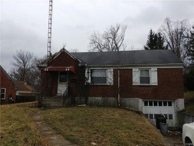 Dayton Single Family Home For Sale: 268 Castlewood Avenue