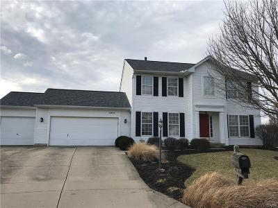 Miamisburg Single Family Home Active/Pending: 3405 Old Lantern Court