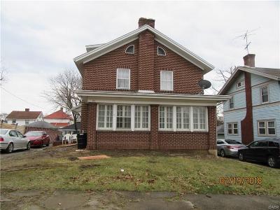 Dayton Single Family Home For Sale: 20 Vassar Drive
