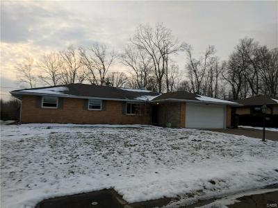Dayton Single Family Home Active/Pending: 6237 Rosecrest Drive