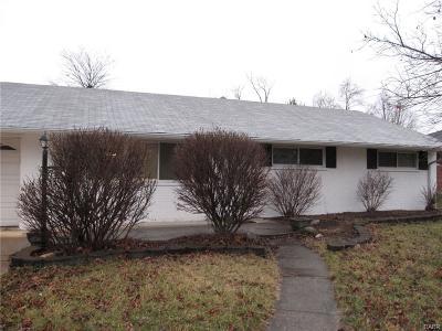 Dayton Single Family Home For Sale: 1573 Hillwood Dr