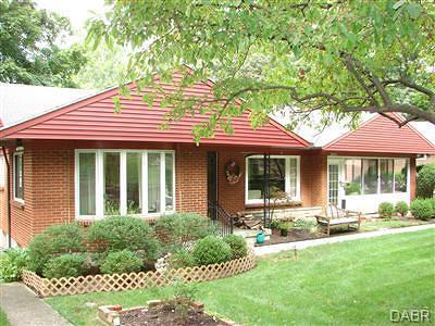 Kettering Single Family Home For Sale: 2441 Adirondack Trail