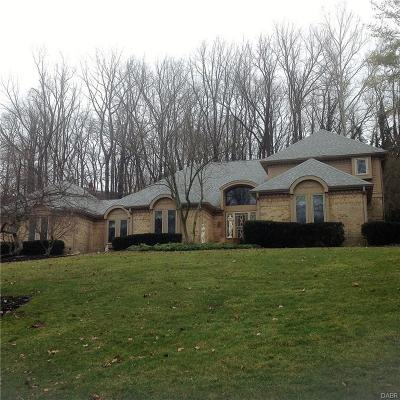 Dayton Single Family Home For Sale: 5601 Rahn De Vue Place
