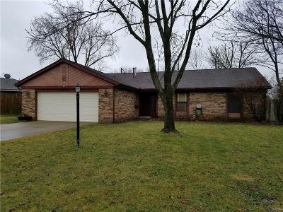 Englewood Single Family Home For Sale: 7065 Woodcroft Drive