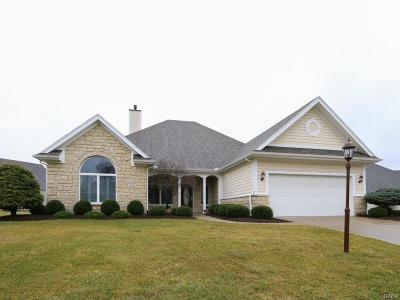 Dayton Single Family Home For Sale: 550 Yankee Trace Drive