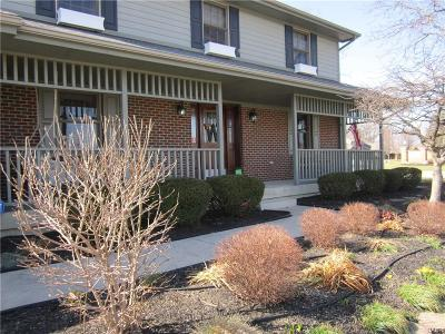 Tipp City Single Family Home Active/Pending: 933 York Meadows Drive