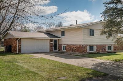 Fairborn Single Family Home Active/Pending: 5146 Waverly Street