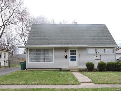 Kettering Single Family Home Active/Pending: 1232 Tabor Ave. Avenue