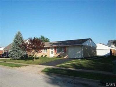 Xenia Single Family Home For Sale: 2317 Minnesota Drive
