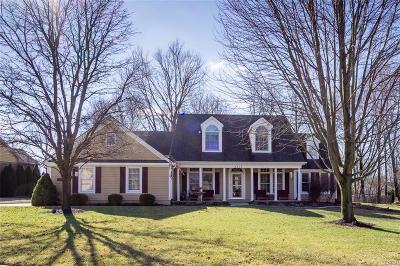 Dayton Single Family Home For Sale: 4257 Mona Circle
