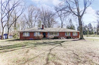 Bellbrook Single Family Home For Sale: 2800 Wilmington Dayton Road