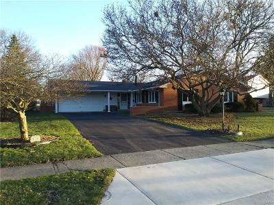 Dayton Single Family Home Active/Pending: 2434 Springmill Road