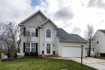 Miamisburg Single Family Home Active/Pending: 2321 Queensway Drive