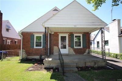 Dayton Single Family Home For Sale: 919 Berkshire Road