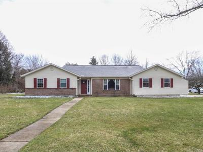 Dayton Single Family Home For Sale: 10000 Settlement House Road