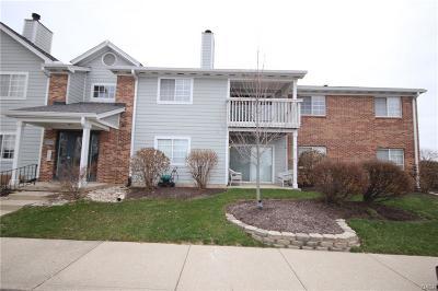 Dayton Condo/Townhouse For Sale: 6641 Hedington Square #7