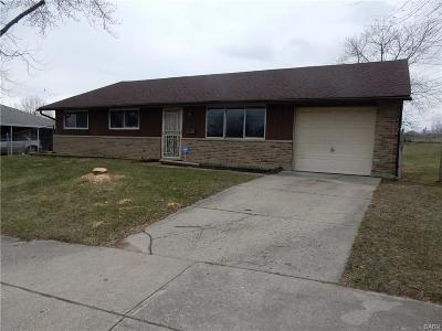 Dayton Single Family Home For Sale: 2518 Madden Hills Drive